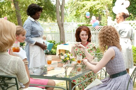 Ahna O'Reilly, Viola Davis, Aunjanue Ellis, Bryce Dallas Howard & Emma Stone