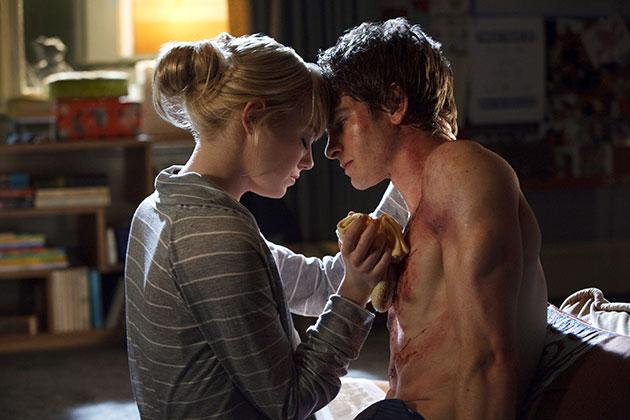 Andrew Garfield ja Emma Stone