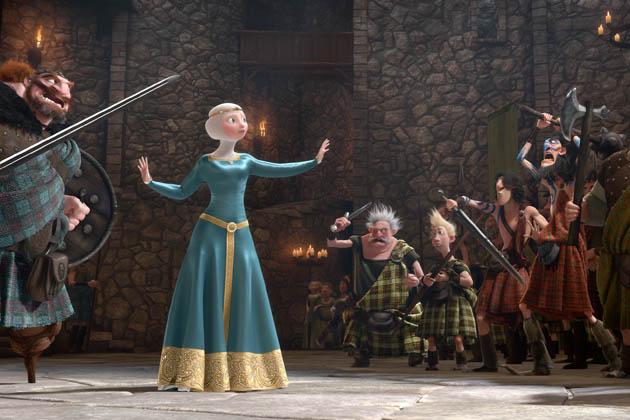 Merida (Kelly Macdonald) klaanien välissä.