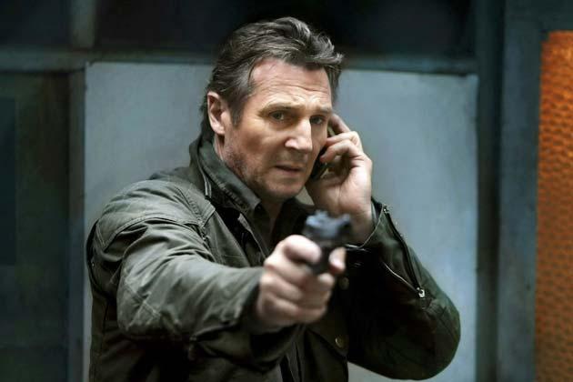 Liam Neeson ja puhelin ja ase.
