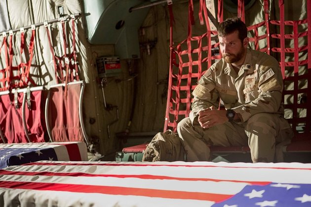 Bradley Cooper elokuvassa American Sniper