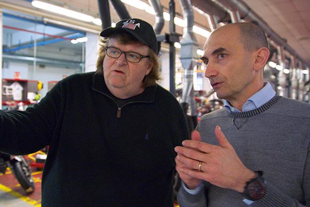 Michael Moore ja Ducati-pomo Claudio Domenicali
