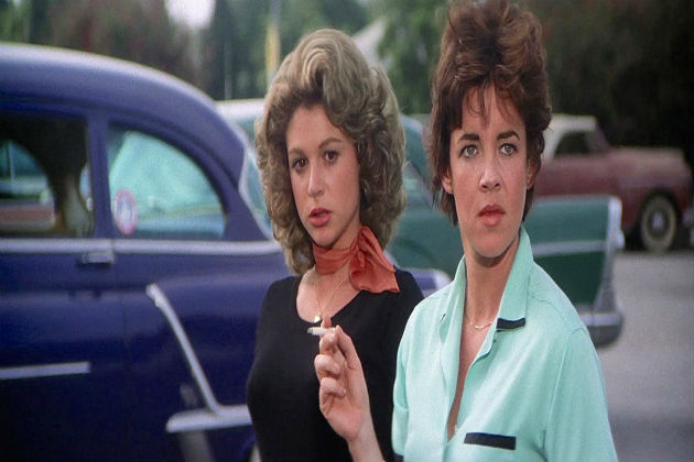 Dinah Manoff ja Stockard Channing