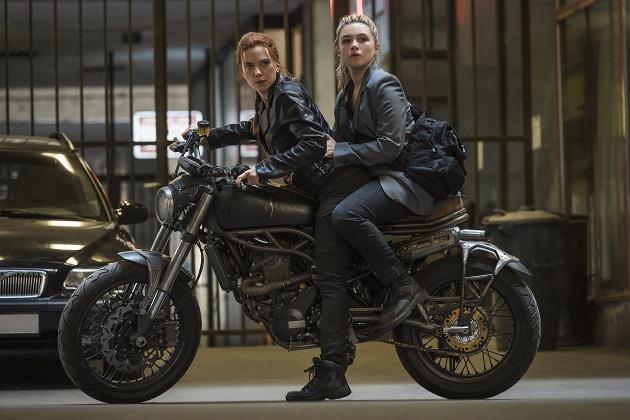 Scarlett Johansson ja Florence Pugh