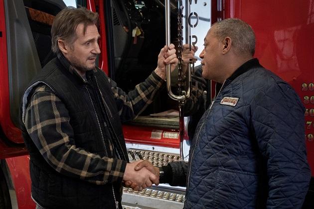 Liam Neeson ja Laurence Fishburne