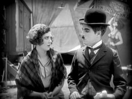 Merna Kennedy ja Charlie Chaplin