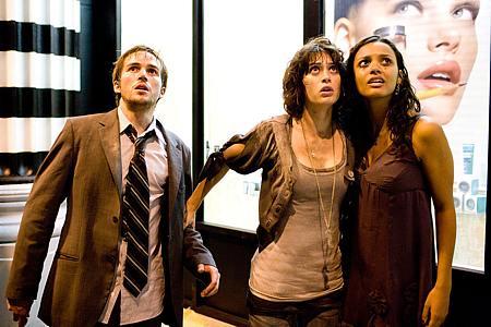 Michael Stahl-David, Lizzy Caplan ja Jessica Lucas.