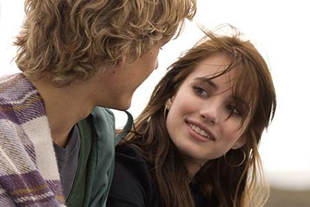 Alex Pettyfer ja Emma Roberts