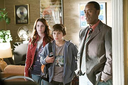 Emma Roberts, Jake T. Austin ja Don Cheadle