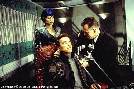 Sarah Wynter, Arnold Schwarzenegger ja Michael Rooker