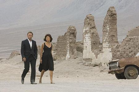 Daniel Craig ja Olga Kurylenko