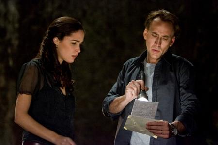 Rose Byrne, Nicolas Cage ja salaperäinen koodi