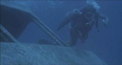 Piranha II - lentävät tappajat