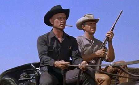 Yul Brynner ja Steve McQueen vankkureilla