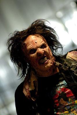 Jack Brooks: Monster Slayerissa käytetään runsaasti vanhan koulukunnan lateksitehosteita.