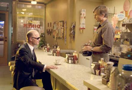 """Kohtaus """"Scene 44"""", jota ei näy itse elokuvassa. Ed Harris ja Viggo Mortensen."""