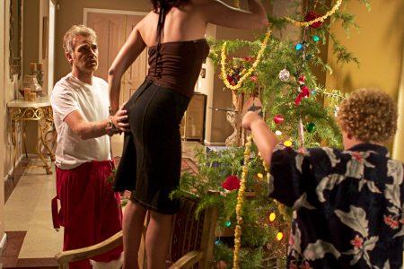 Billy Bob Thornton, Lauren Grahamin takapuoli ja Brett Kellyn selkä