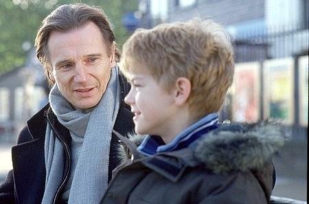 Liam Neeson ja Thomas Sangster