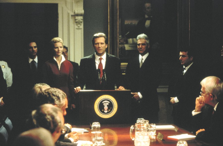 Jeff Bridges esittää presidenttiä