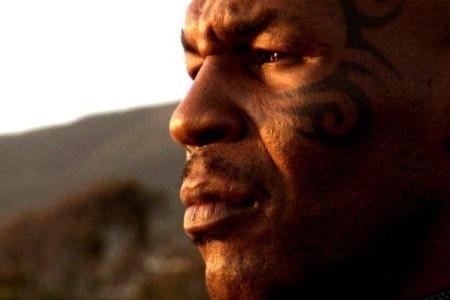Tyson ja auringonlasku