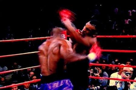 Tyson kehässä
