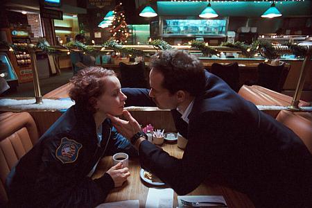 Samantha Morton ja Jason Patric.