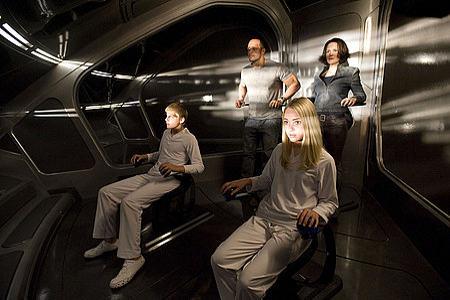 AnnaSophia Robb ja Alexander Ludwig ohjaavat avaruusalusta