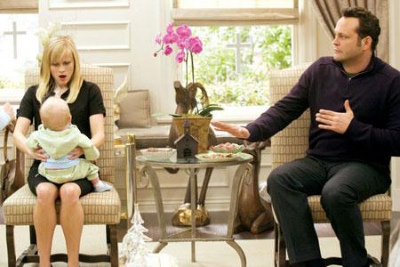 Reese Witherspoon, Vince Vaughn ja oksuvauva