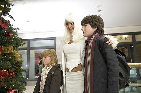Amy Schlagel, Carmen Electra ja Matthew Knight.