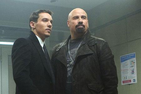 John Travolta ja Jonathan Rhys Myers