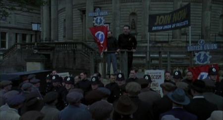 Fasistit hakemassa nostetta