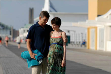 Pierce Brosnan ja Carey Mulligan