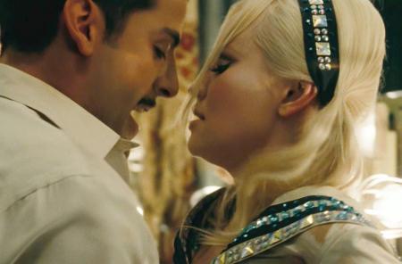 Oscar Isaac ja Emily Browning