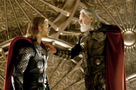 Chris Hemsworth ja Anthony Hopkins