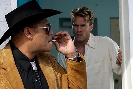 Laurence Fishburne ja Jason Lewis