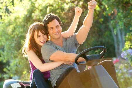 Emma Stone ja Penn Badgley